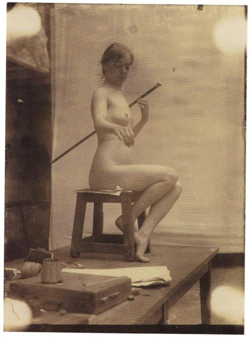 "Alphonse Mucha - The Painter's Model ""Doris"", c.1895. … from Photography at the Worcester Art Museum: Keeping Shadows, David Acton, Worcester Art Museum 2004."