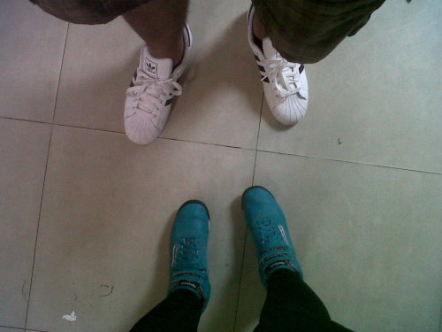 unvoyageinfini:  Adidas Superstar vs Reebok Freestyle Dave ♥  Gabs ♥