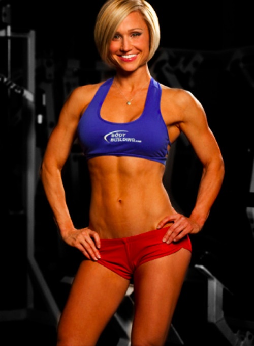 healthyishappy24:  Jamie Eason, my favorite fitness model! She is truly inspirational. Loving her LiveFit trainer!