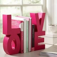 LOVE BOOKS!:D