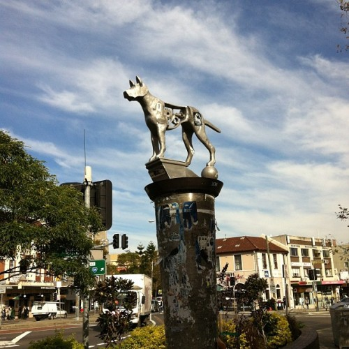 I love this dog statue in Newtown. (Taken with Instagram)