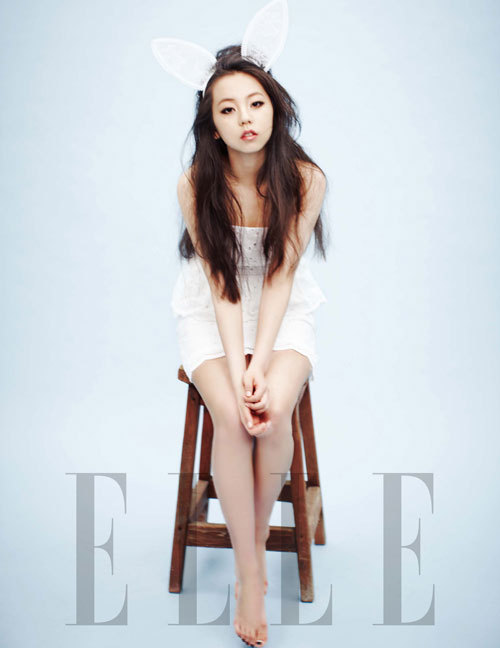 the-ice-prince:  joshw4:  omg is this sohee :o  GOD DAMN she's so perf
