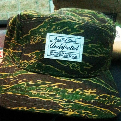 Anyone interested?? #UNDFTD #Camo #5Panel Shoot a price;; (Taken with Instagram)