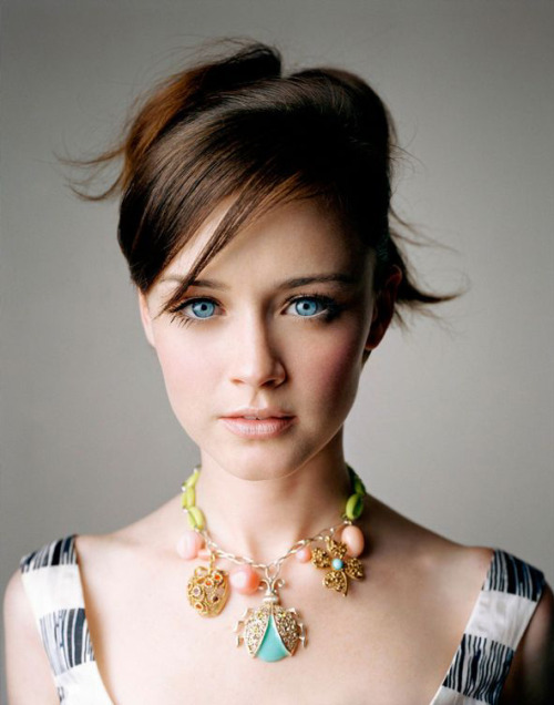 bohemea:  Alexis Bledel by George Holz