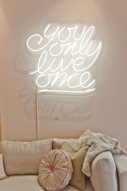 10 Cool Pieces of Neon Wall Art