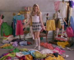 me right now!!!!! STUPID FUCKING CLOTHING!! THERE IS NO ROOM FOR YOU!!
