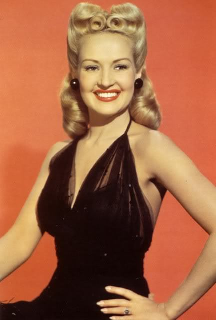 vintalgia:  Betty Grable, 1940s
