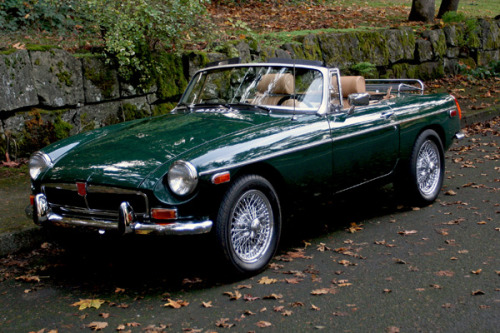 1974 MG MGB w/15 inch chrome wire wheels.