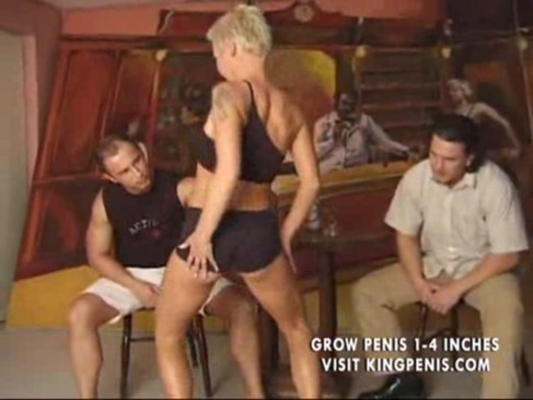 Babe found new friends in a barcool videotime 9:47 minLink: http://is.gd/orRZ7n