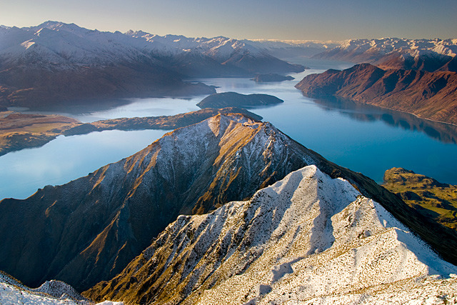 polarscope:  Roy's View - Lake Wanaka, Mount Aspiring National Park (New Zealand) by Nathan Kaso