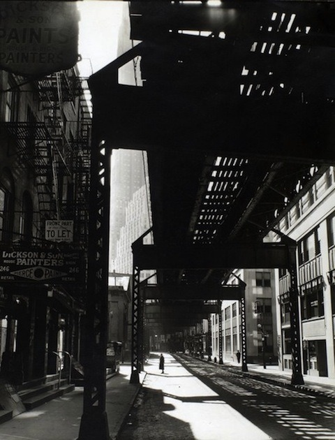 Berenice Abbott: Journalism, Architecture and City Portraits http://bit.ly/MwFufO
