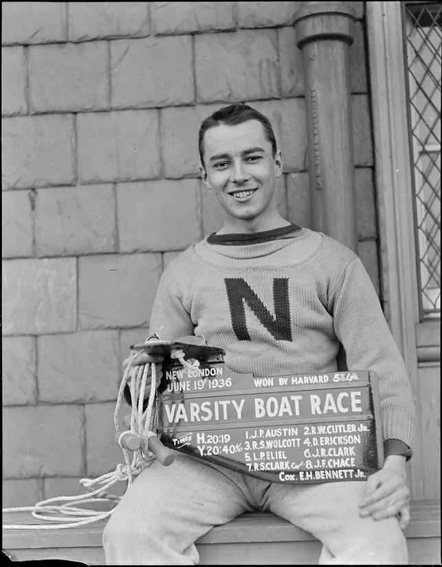 menoftheivyleague:  Harvard coxswain, E.H. Bennett, Jr. given rudder for beating Yale in 1936 (Harvard Crew)