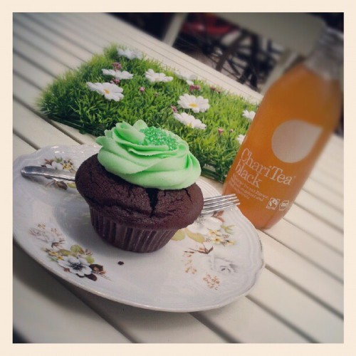 Afternoon tea….. #Berlin #friedrichshain #Germany #cupcake #icetea #afternoontea #food  (Taken with Instagram at Cupcake Berlin)