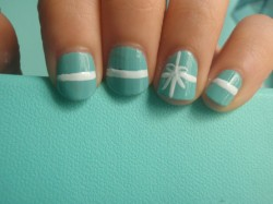 everygirlneedsthis:  bow nails