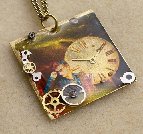 Doctor Who Necklace The Tenth Doctor by TimeMachineJewelry on Etsy