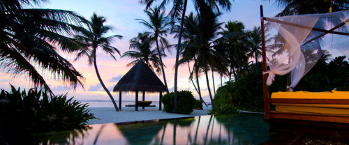 Infinity pool of the moment: The Reethi Rah Luxury Resort, set on one of the largest islands in North Male' Atoll, adorned with endless white sand coves and turquoise bays…