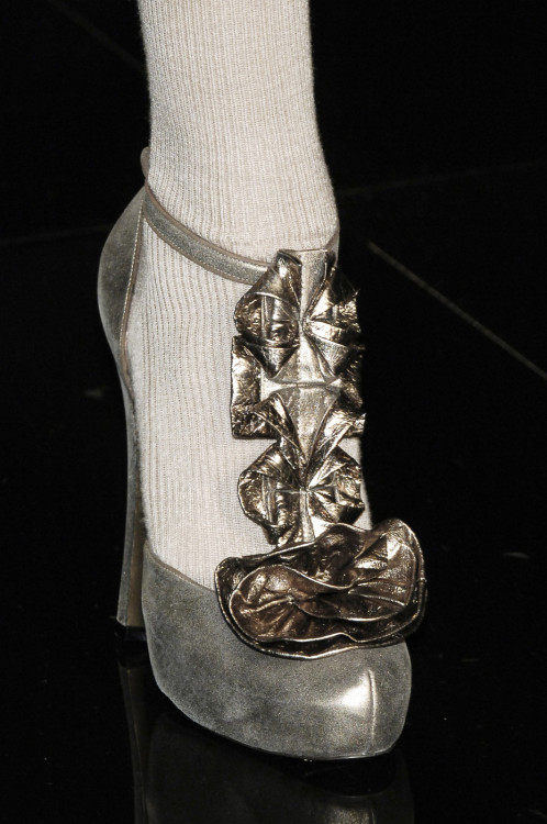 runway-shoes:  Sonia Rykiel Paris Fall 2006