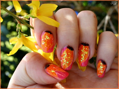 sunflower nails C: