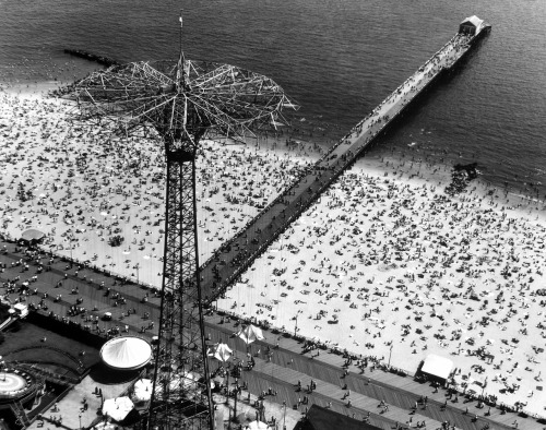 Take the day off,go to the beach…Coney Island, 1951