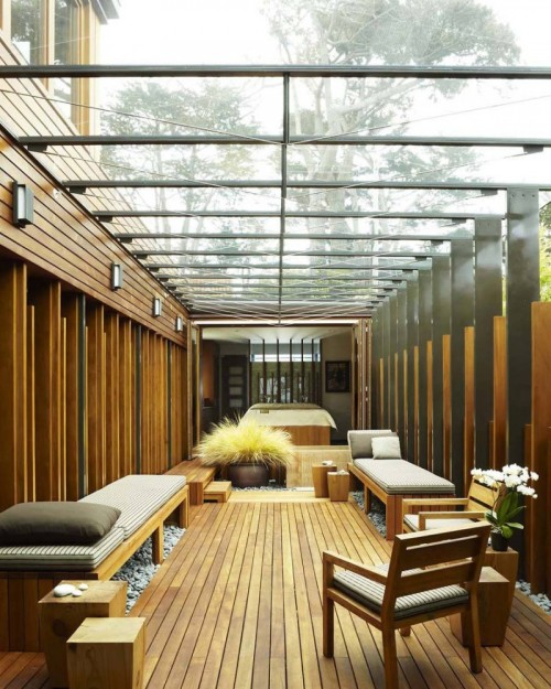 Imagine having a sun room like this.
