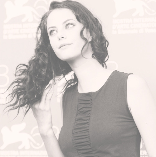 2/35 photos of kaya scodelario