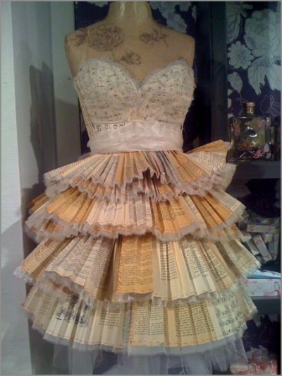 I'd totally wear this. (via Katies Rose Cottage) Note: Unconsumption caveat on using books as raw material. Also: Find some previous posts on new uses for old books here.