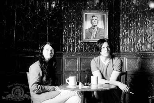 Jack and Meg White in Coffee & Cigatettes