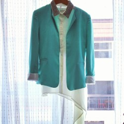 Get the Open Back Turquoise Tailor Blazer and Sequin Collar Draped Tank  at www.mickeysgirl.com #fashion #summer #officelook #girl #style #stylish #styleaddict #mickeysgirl #turquoise #sequin #blogger #stylist #shop  (Taken with Instagram)