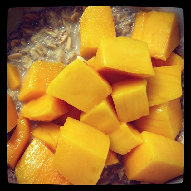Favorite breakfast for the birthday guh! #healthyeating #mango #almondmilk #oats #birthday (Taken with Instagram)