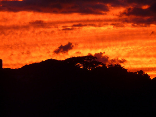 Sunset by mapaezr on Flickr.Caracas