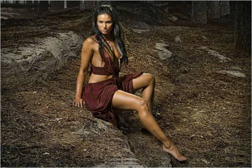 Katrina Law dalla serie tv Spartacus