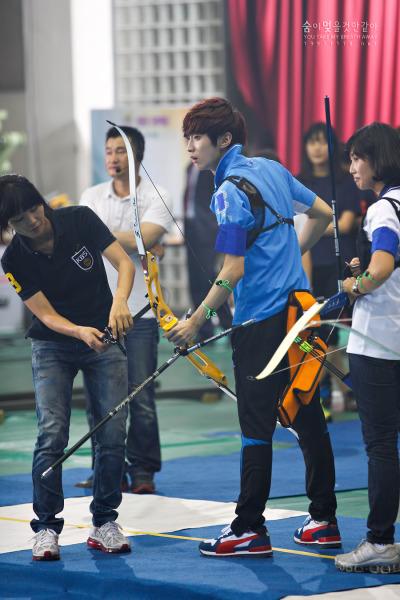 [120619] JinYoung @ Let's Go Dream Team Tumblr_m5xmn0HgFK1qimp49o1_400