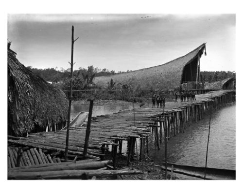 keniavake:  Kau longhouse at high tide, Kaimare village, Gulf Province, PNG. October 1922