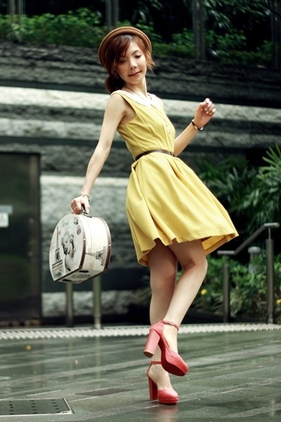 cherichictopia:  DANCING IN YELLOW - via CHICTOPIA