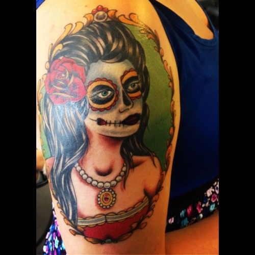 She's finished! #diadelosmuertos #dayofthedead #tattoo #girlswithtattoos #pretty #yay (Taken with Instagram)