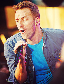 coldplaygraphics:  Coldplay - 97-100/100 pictures