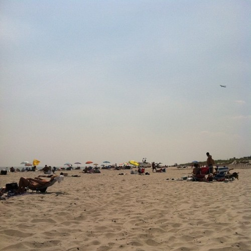 make your shade #longbeach #nyc  #beach (Taken with Instagram)