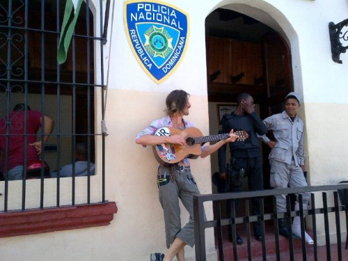 czesc:  Only Eugene can get arrested, come out playing the guitar and not giving a fuck, then go on touring like it's whatever. No big deal.