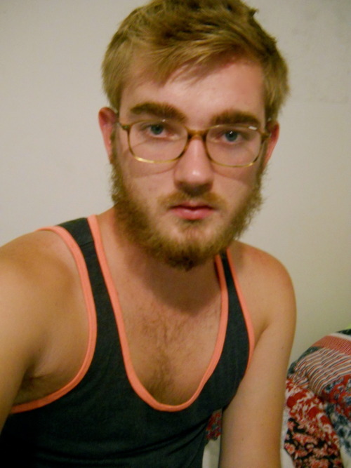 iamthebrainwasher:  fromthefarawaynearby:  me and the beard  well hello there