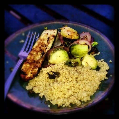 Food porn #grilled #veggies #dinner #quinoa #healthy #diet #photoadayjune  (Taken with Instagram)