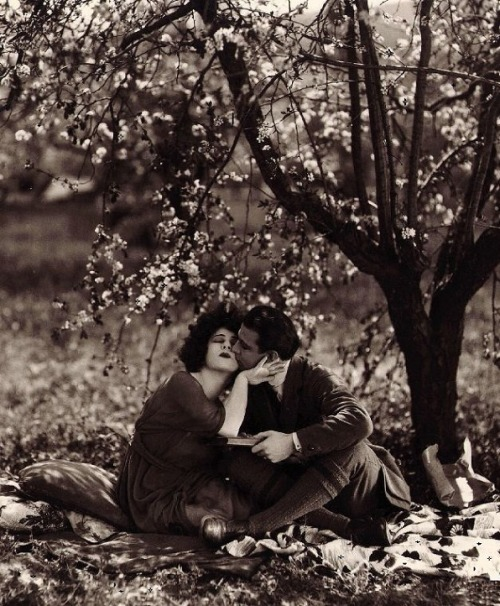 Alla Nazimova & Rudolph Valentino in Camille (1921, dir. Ray Smallwood) (via)  Photo by Arthur Rice.
