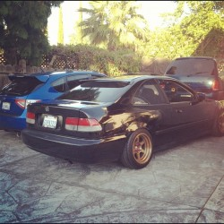 My car hanging with @izzyidk wide body Subaru! #niceeeee #subaru #wrx #widebody #sti #bbs #rota #gridv #lm #b20v #b20vtec #si #hellaflush #hellasunk #nardi #worldrallyblue #flock #fa5 #ej #ej8 #ek9 #vtec #b20b #jdm #hellasunk #meatyflush (Taken with Instagram)