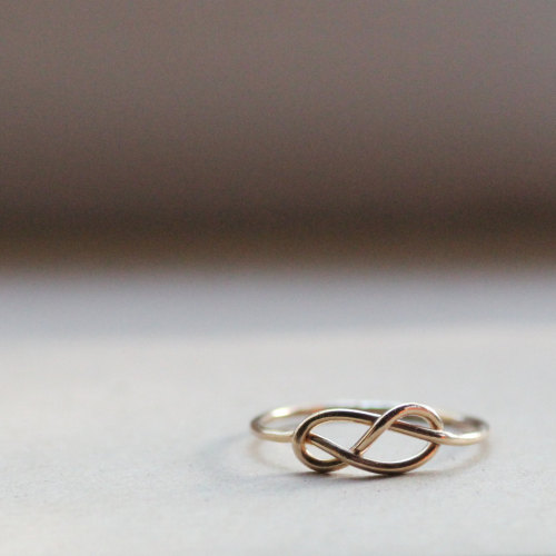 waltzingmatildablog:  Simple little infinity ring.