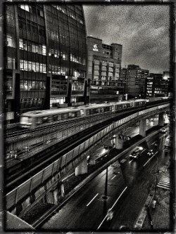 a glance of Taipei Metro   ……… shot by iPhone 4