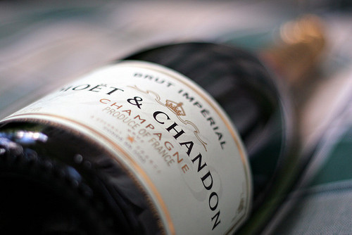 power-of-money:  Moet & Chandon, French Champagne