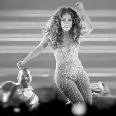 @JLo in Chile… Ahh! #latism #belatino #latinabloggers #latino #lifestyle #caliente »  (Taken with Instagram)