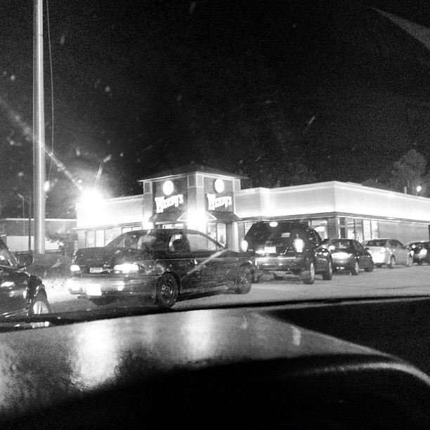 Long ass line for some Wendy's right now.  (Taken with Instagram)