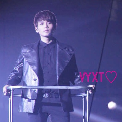 HAPPY BIRTHDAY KIM RYEOWOOK >___