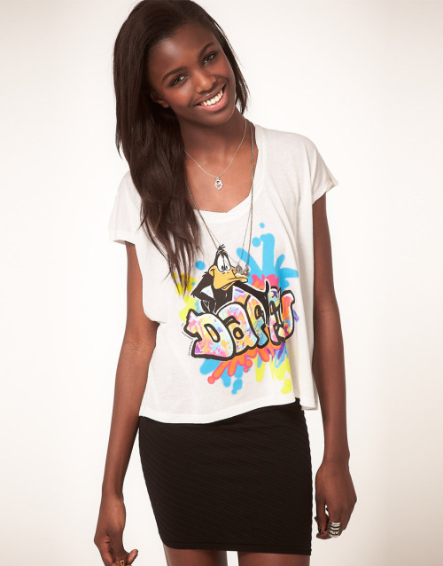 Junk Food Daffy Duck T-Shirt with Graffiti PrintMore photos & another fashion brands: bit.ly/JgPOhg