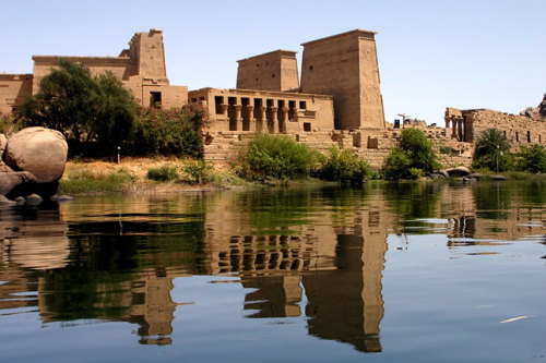 (via Why you should visit Philae Temple, Photo 10 of 12 (Condé Nast Traveller)) Aswan, Egypt